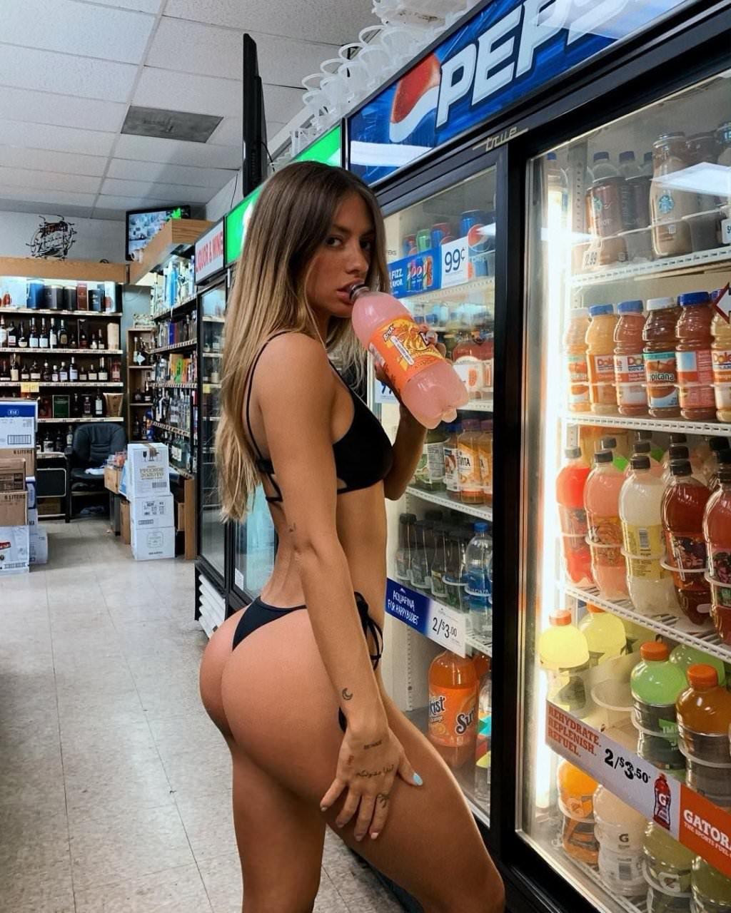 Pauline Tantot Nude Onyfans Leaked 0156