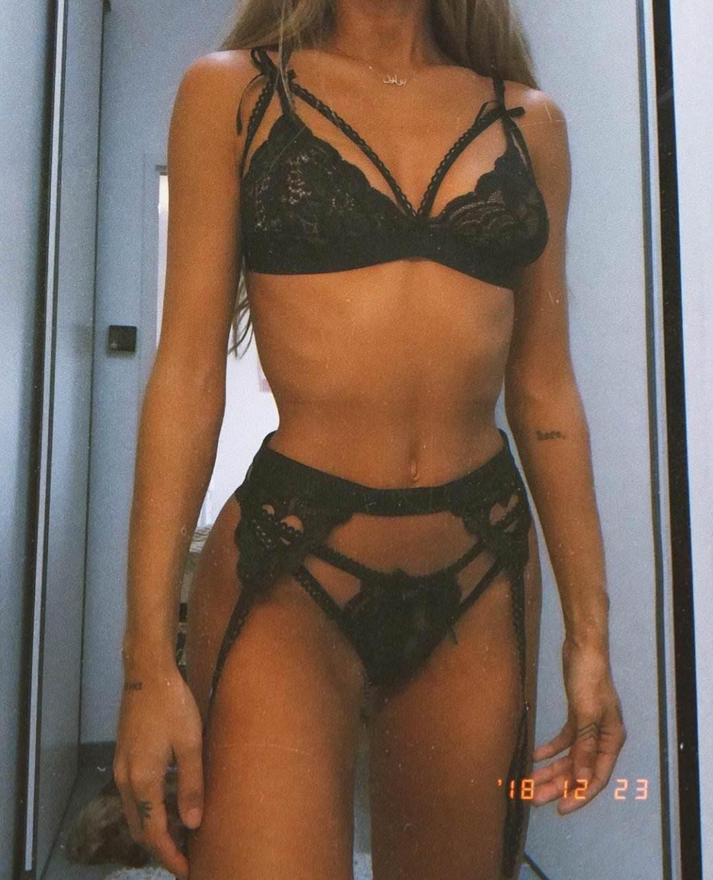 Pauline Tantot Nude Onyfans Leaked 0178
