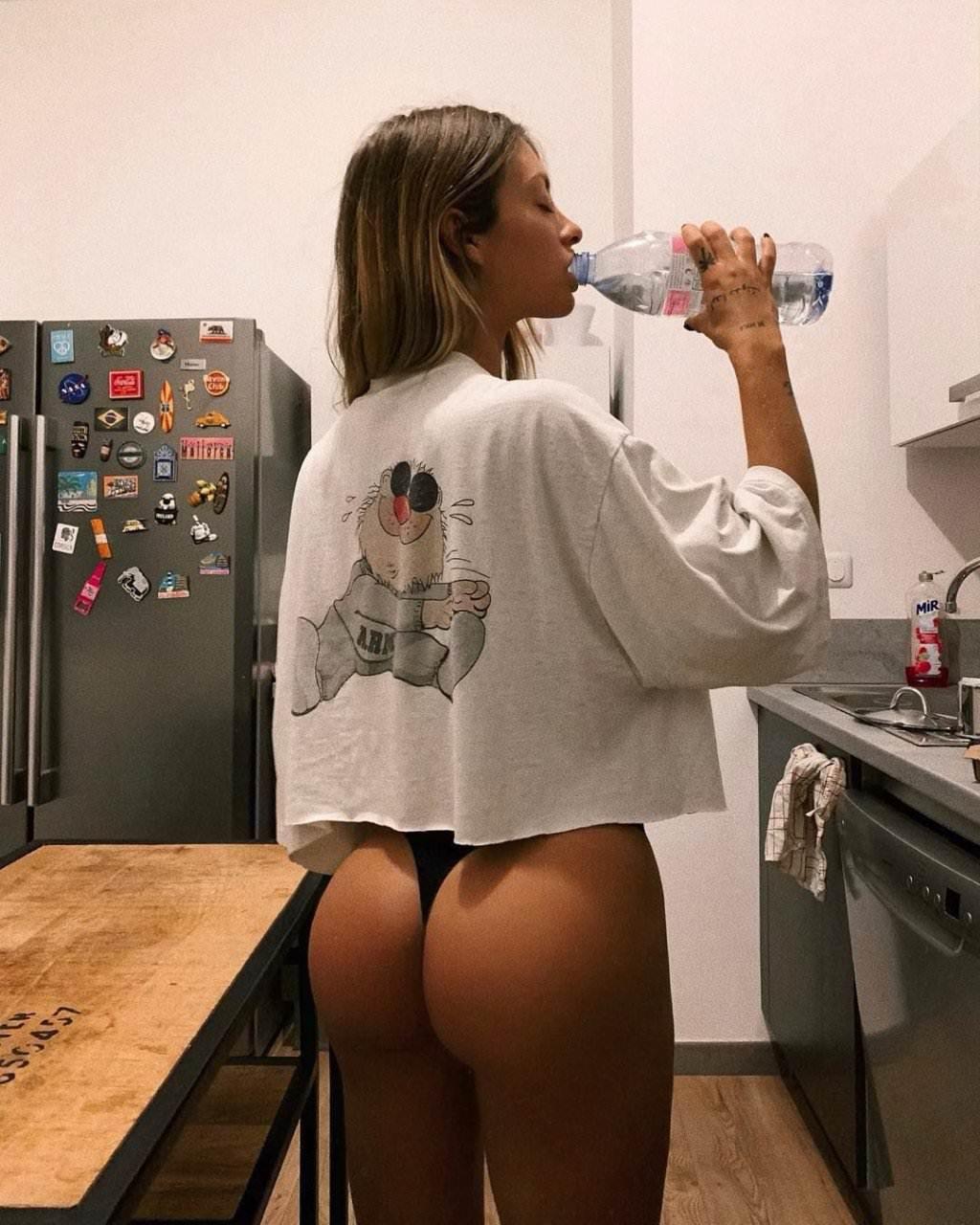 Pauline Tantot Nude Onyfans Leaked 0193