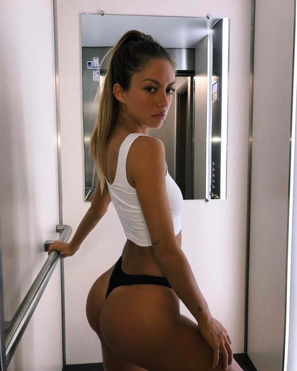 Pauline Tantot Nude Onyfans Leaked 0238