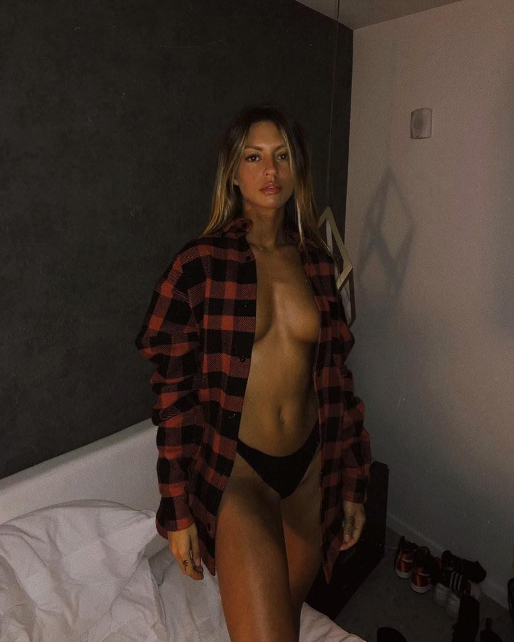 Pauline Tantot Nude Onyfans Leaked 0248