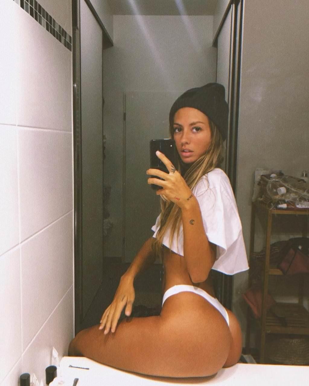 Pauline Tantot Nude Onyfans Leaked 0251