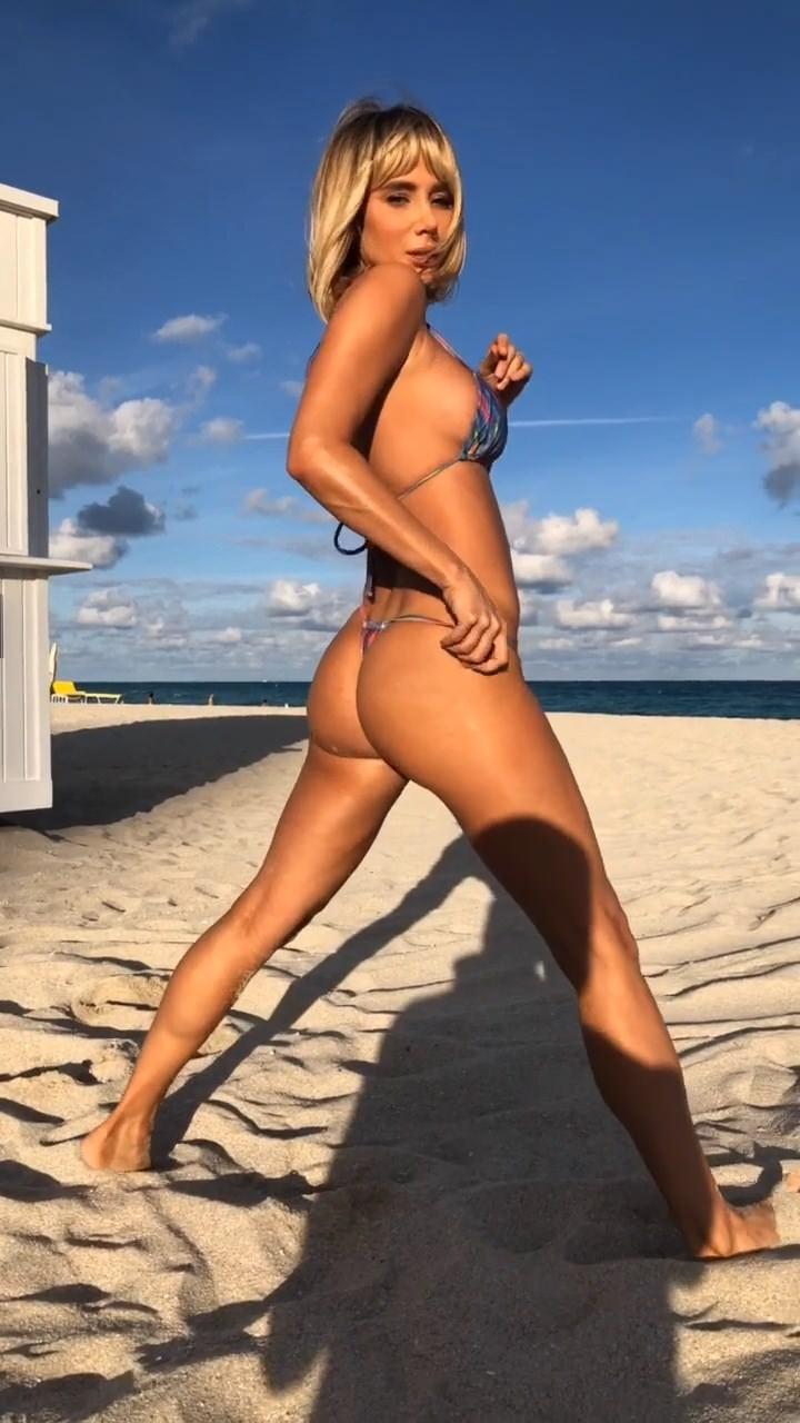 Sara Underwood Nude & Sex Tape Leaked 0019