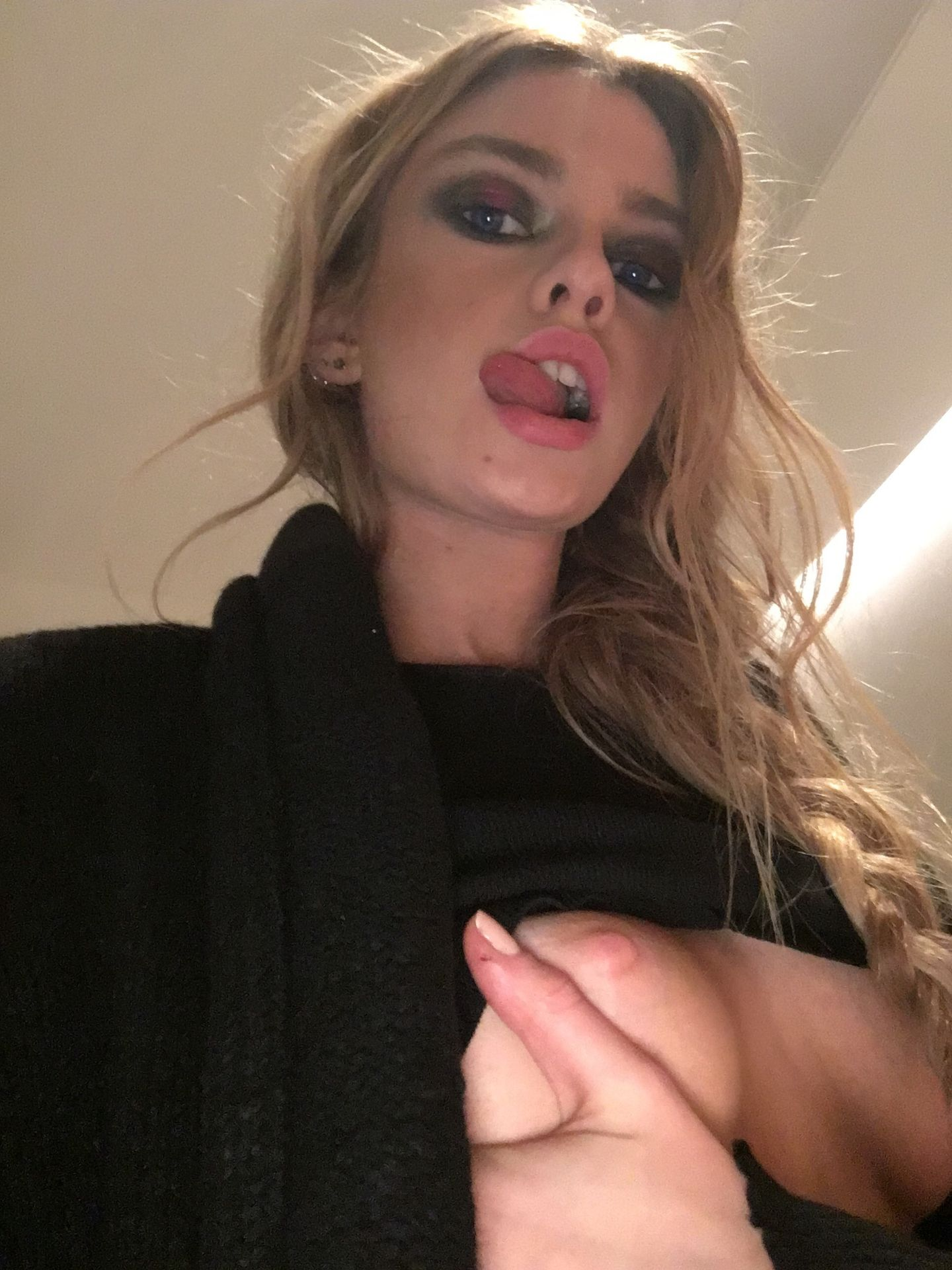 Stella Maxwell Nude Leaked The Fappening 0026