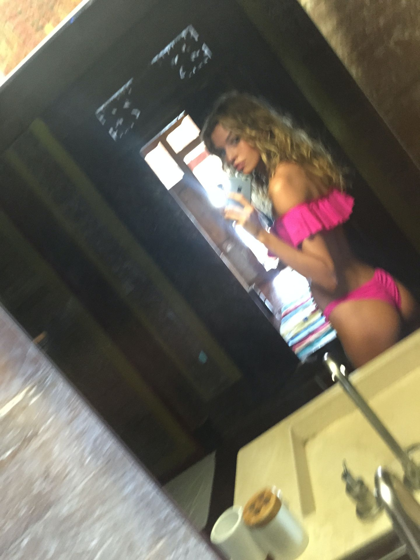 Stella Maxwell Nude Leaked The Fappening 0053