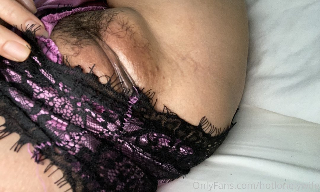 Hotlonelywife Onlyfans Nudes Leaks 0023