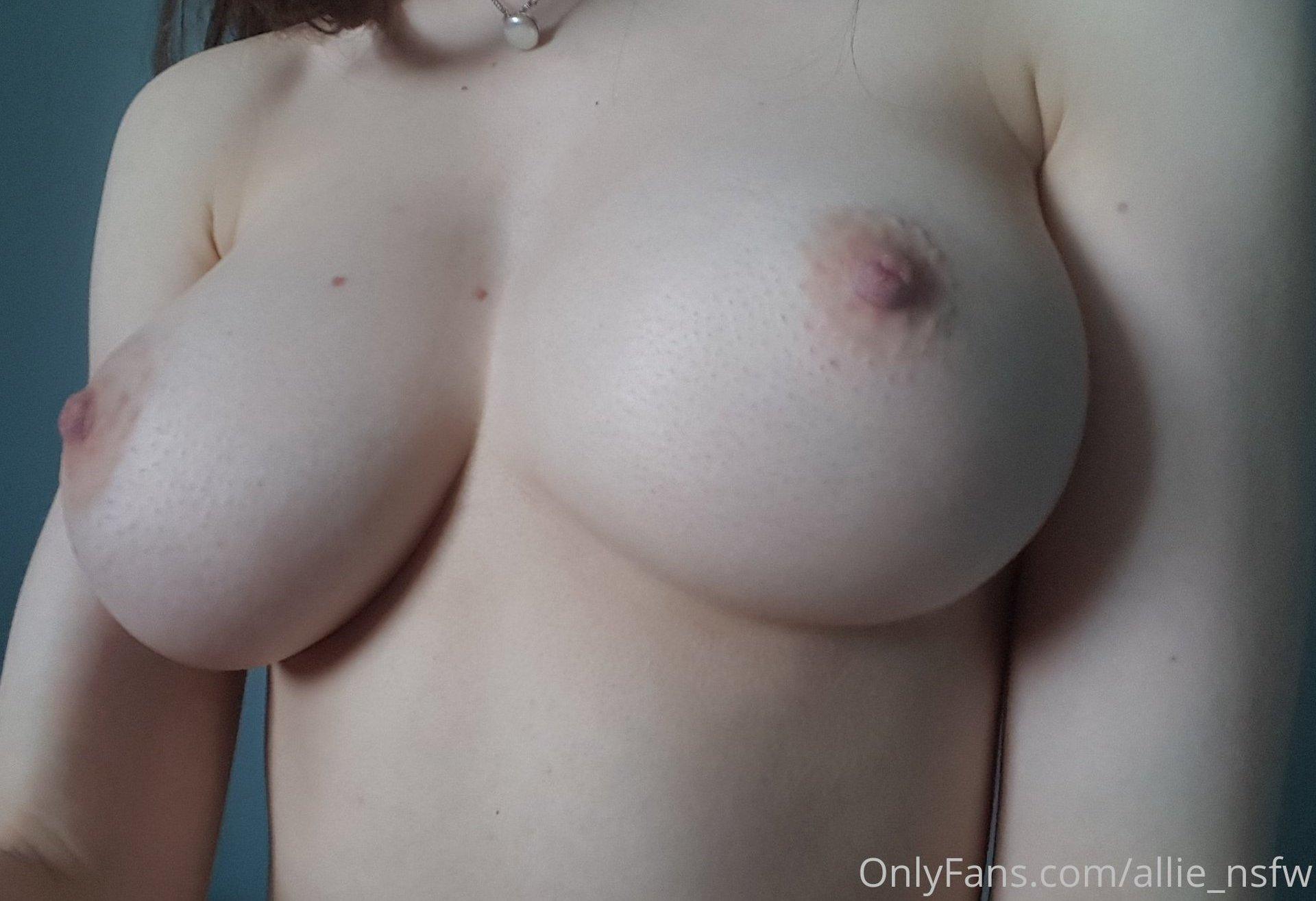 Allie Alliensfw Onlyfans Nude Leaks 0033