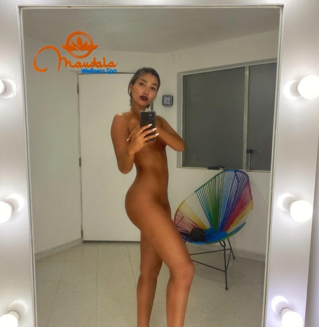Annabgo Annabeggion Onlyfans Nude Leaks 0030