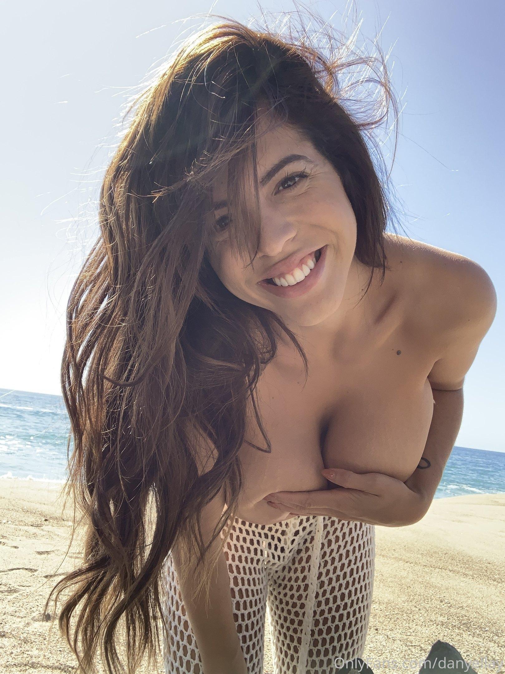 Danielley Ayala 0202