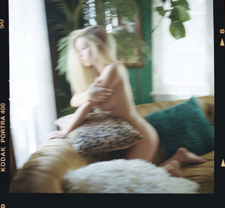 Emma Kotos Emmakotos Instagram Nude Leaks 0016