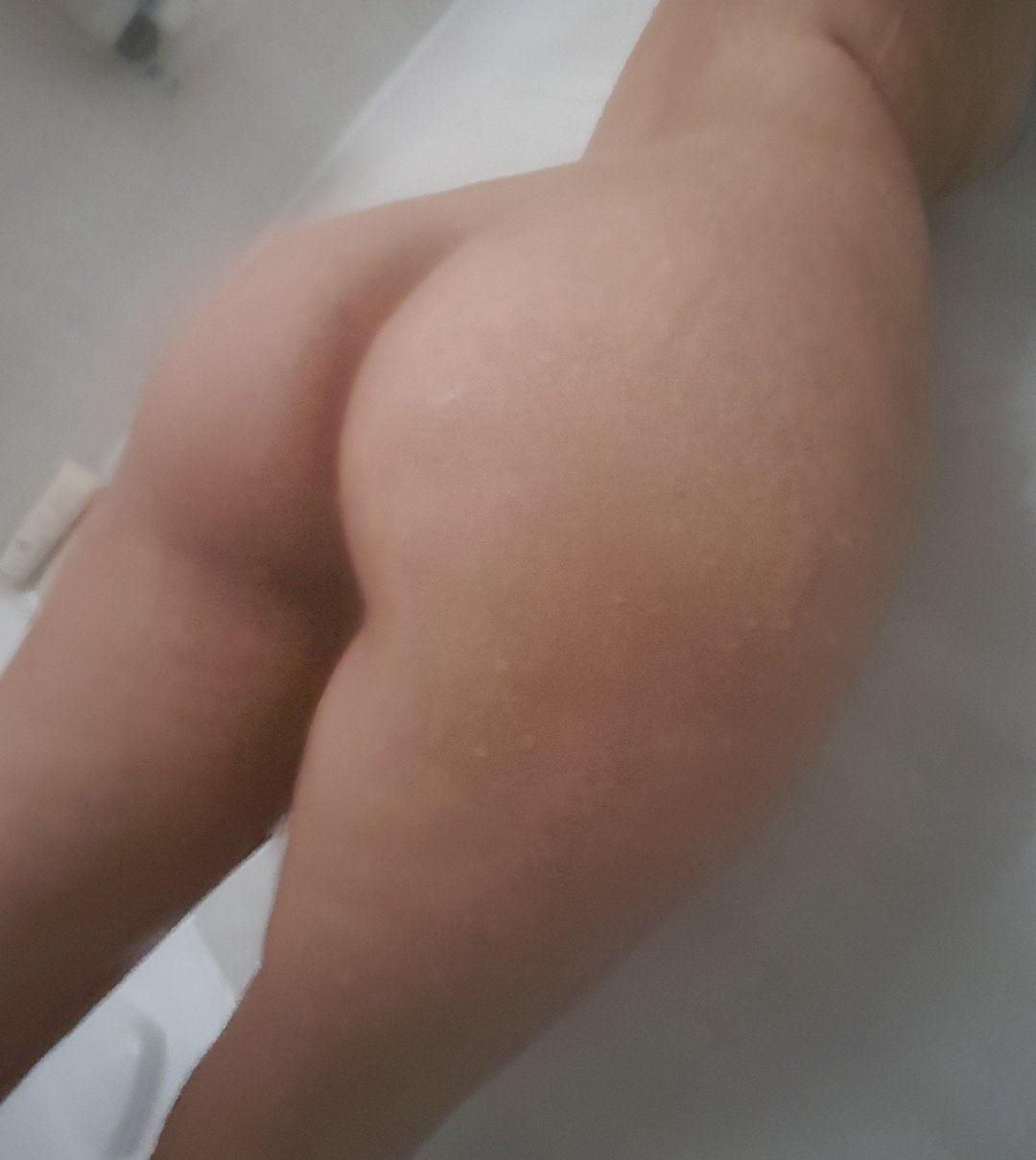 Itsaka Nude Photos Leaked! 0034