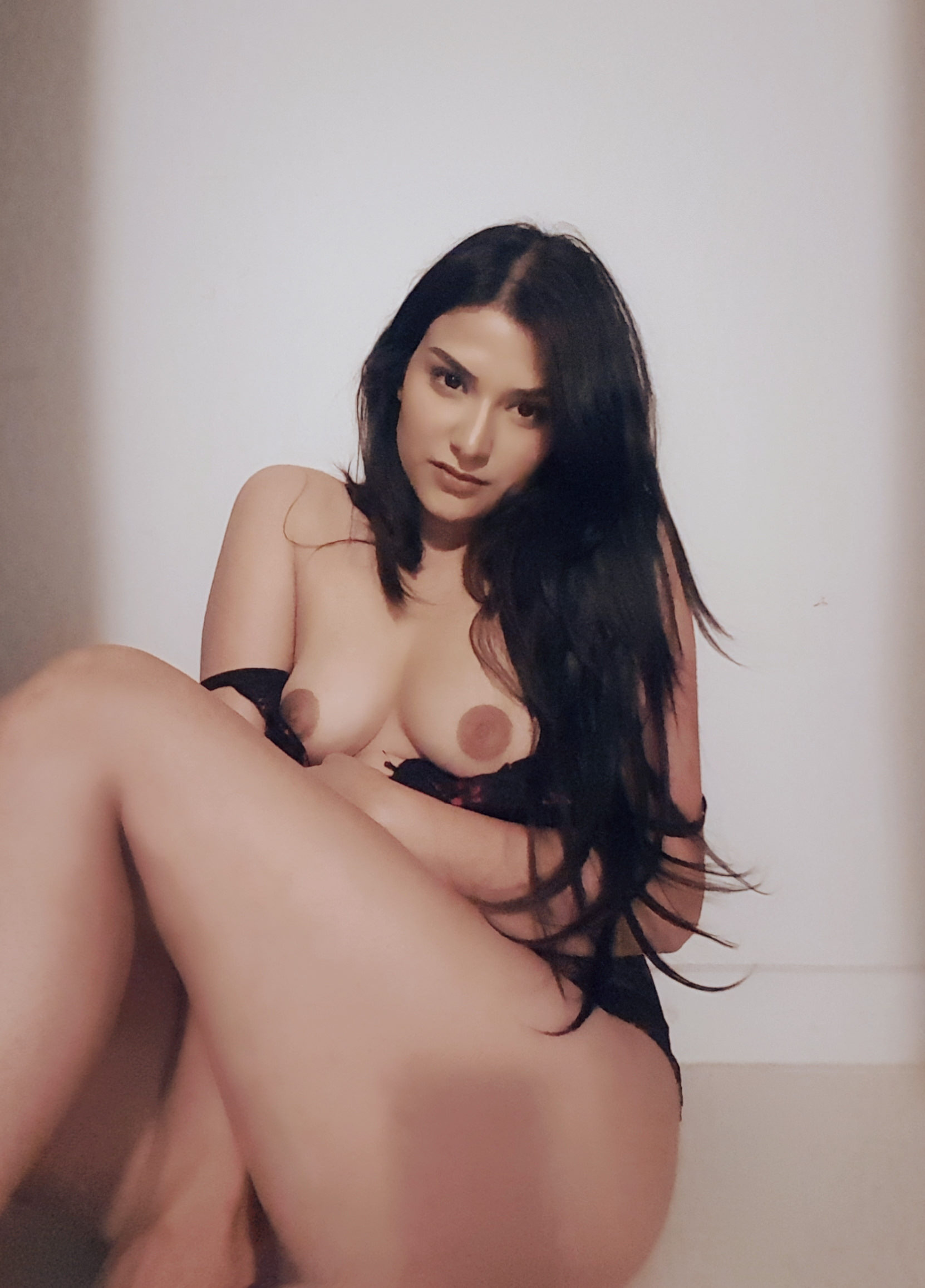 Itsaka Nude Photos Leaked! 0036