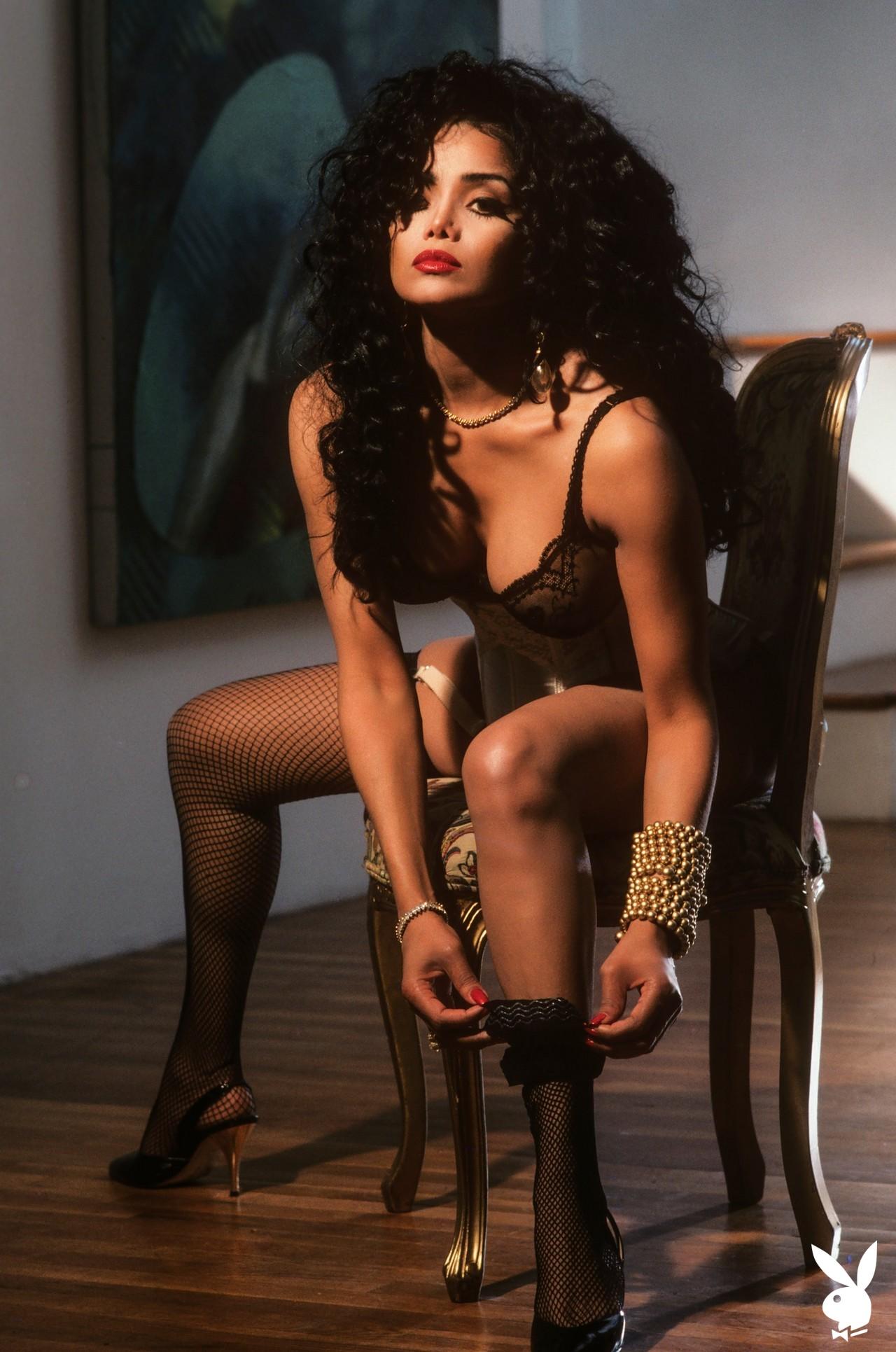 La Toya Jackson (23)