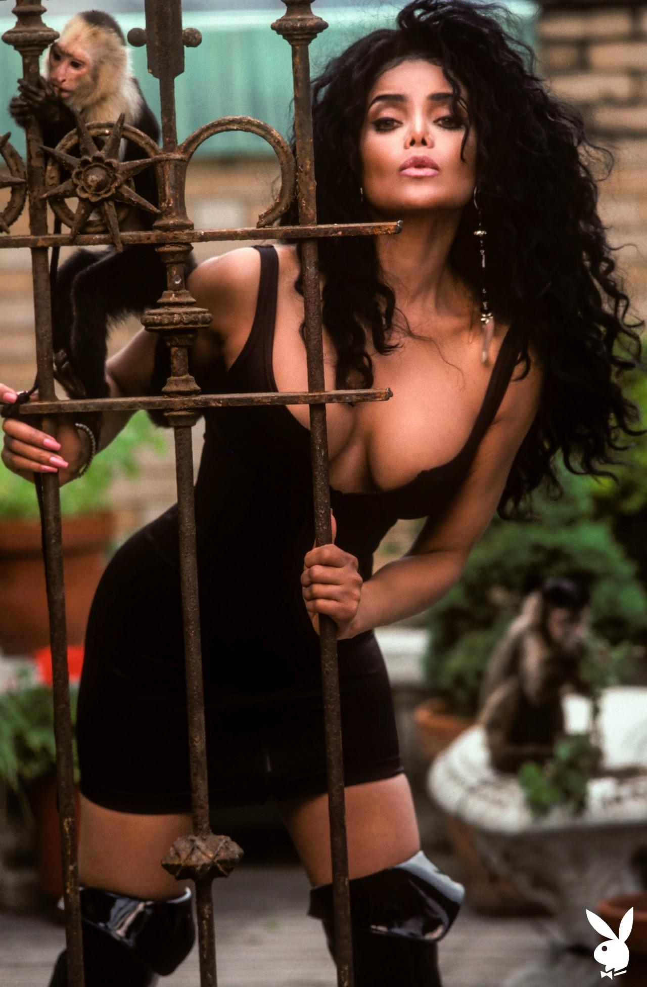 La Toya Jackson (25)