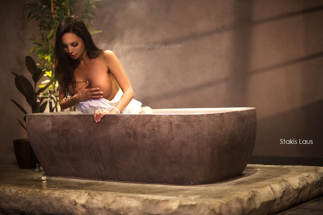 Lilya Volkova Poses Topless 0005