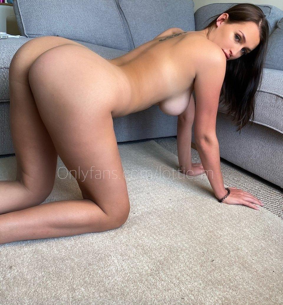 Lottie Squirts Lottie M Onlyfans Nudes Leaks 0005