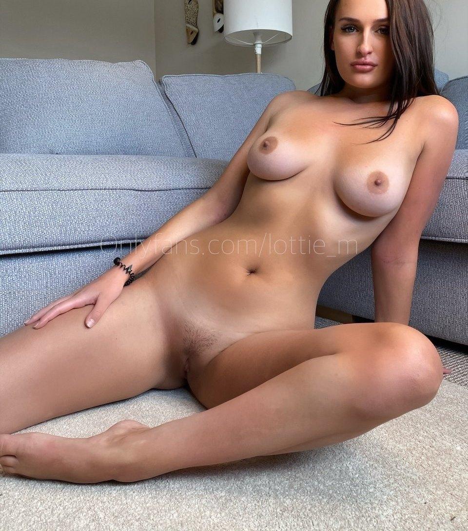 Lottie Squirts Lottie M Onlyfans Nudes Leaks 0008