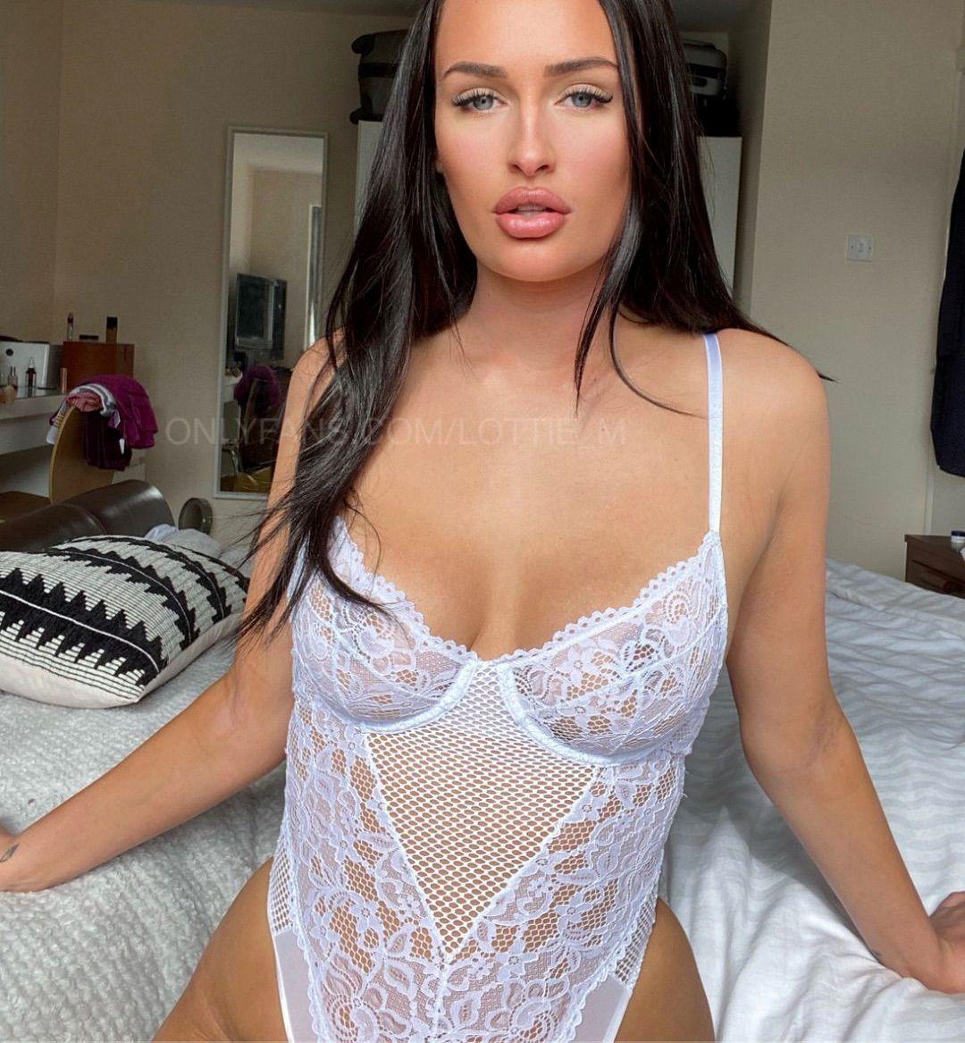Lottie Squirts Lottie M Onlyfans Nudes Leaks 0021