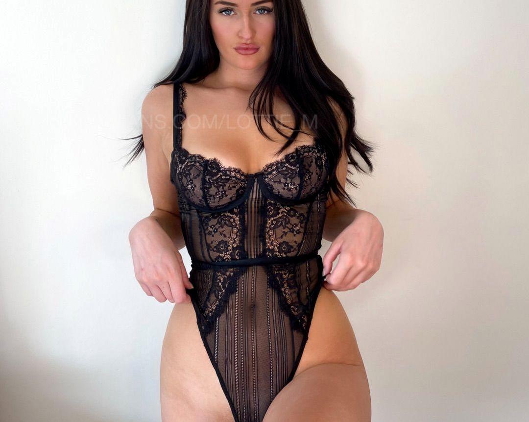 Lottie Squirts Lottie M Onlyfans Nudes Leaks 0025