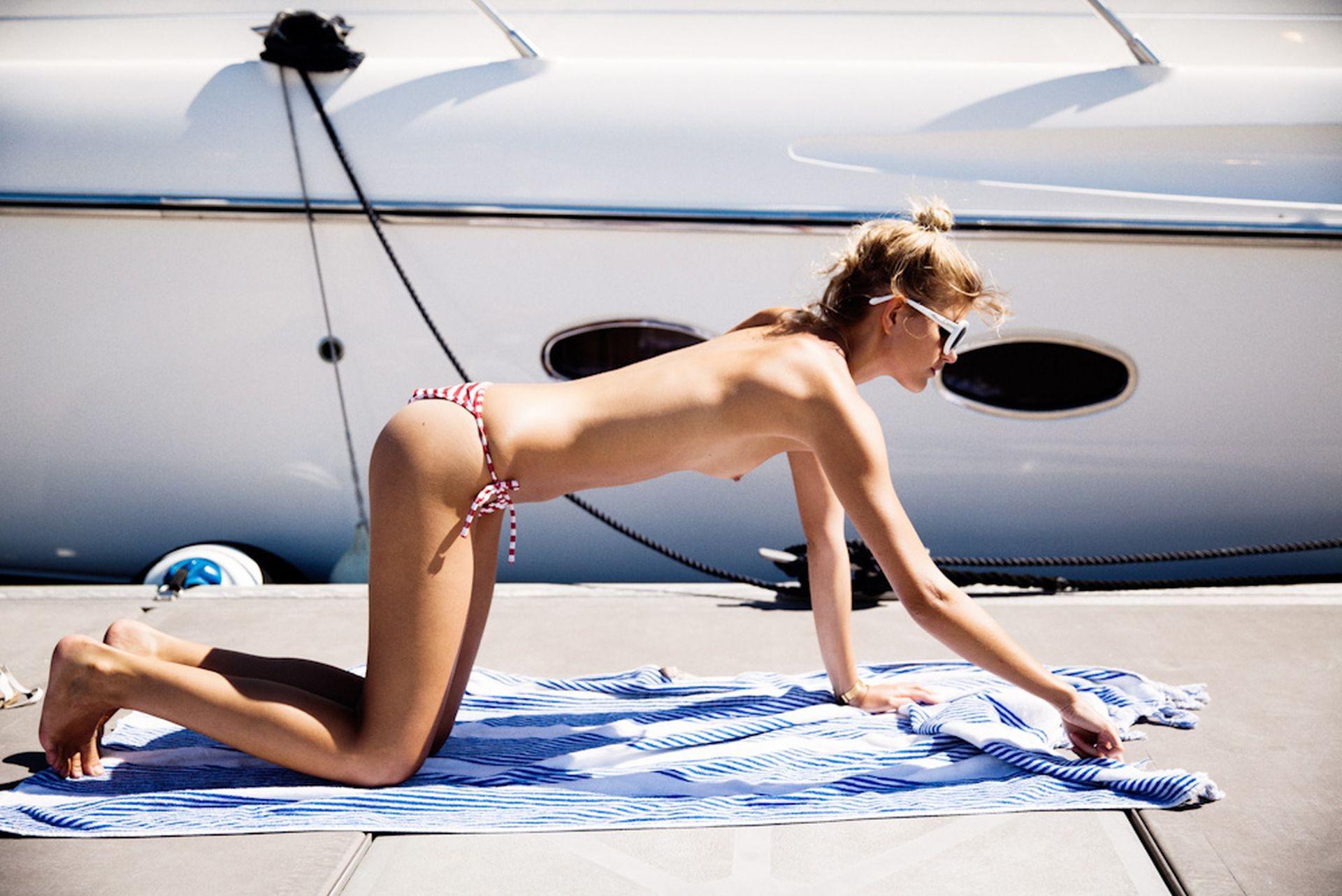 Louise Mikkelsen Nude & Sexy 0002