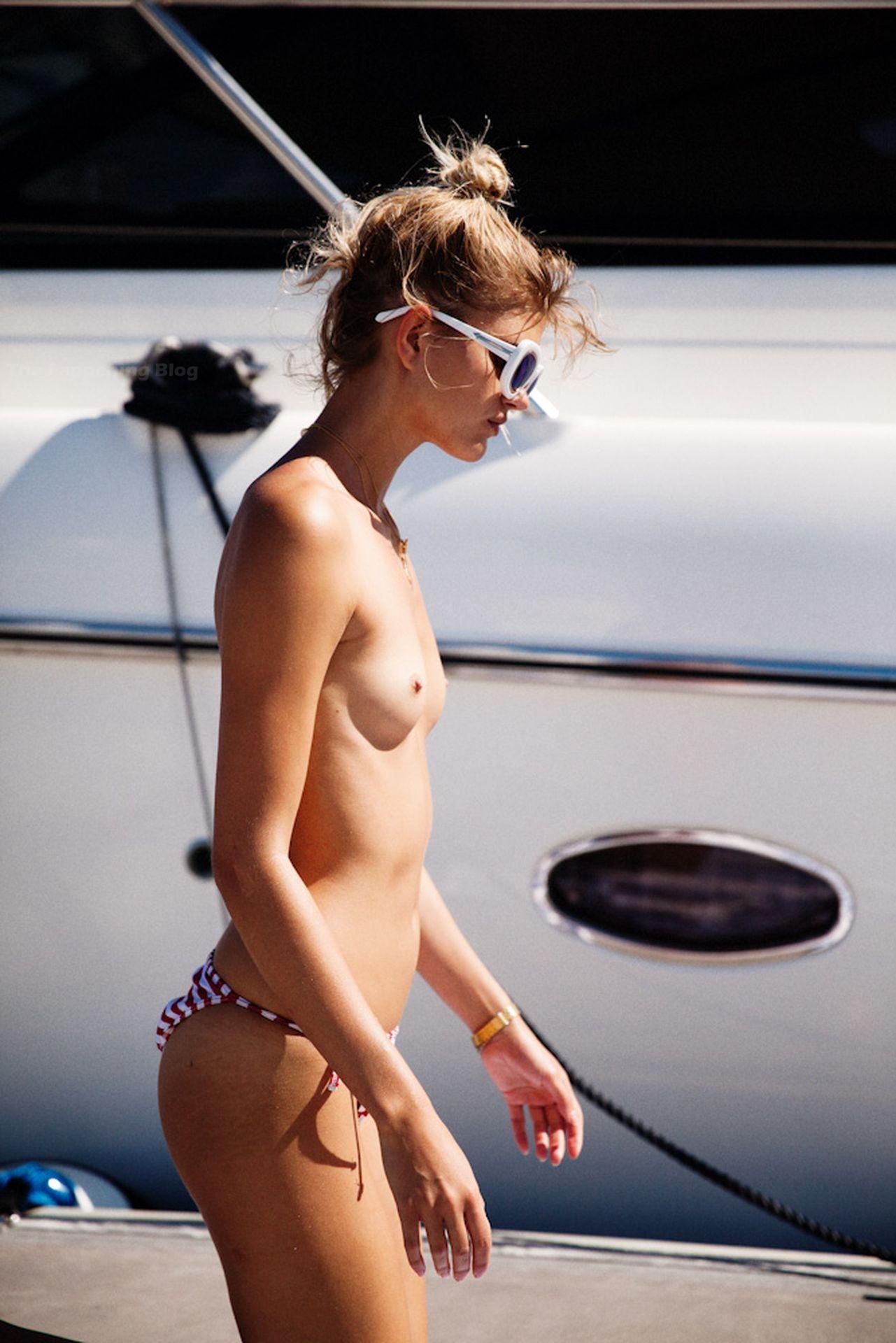 Louise Mikkelsen Nude & Sexy 0005