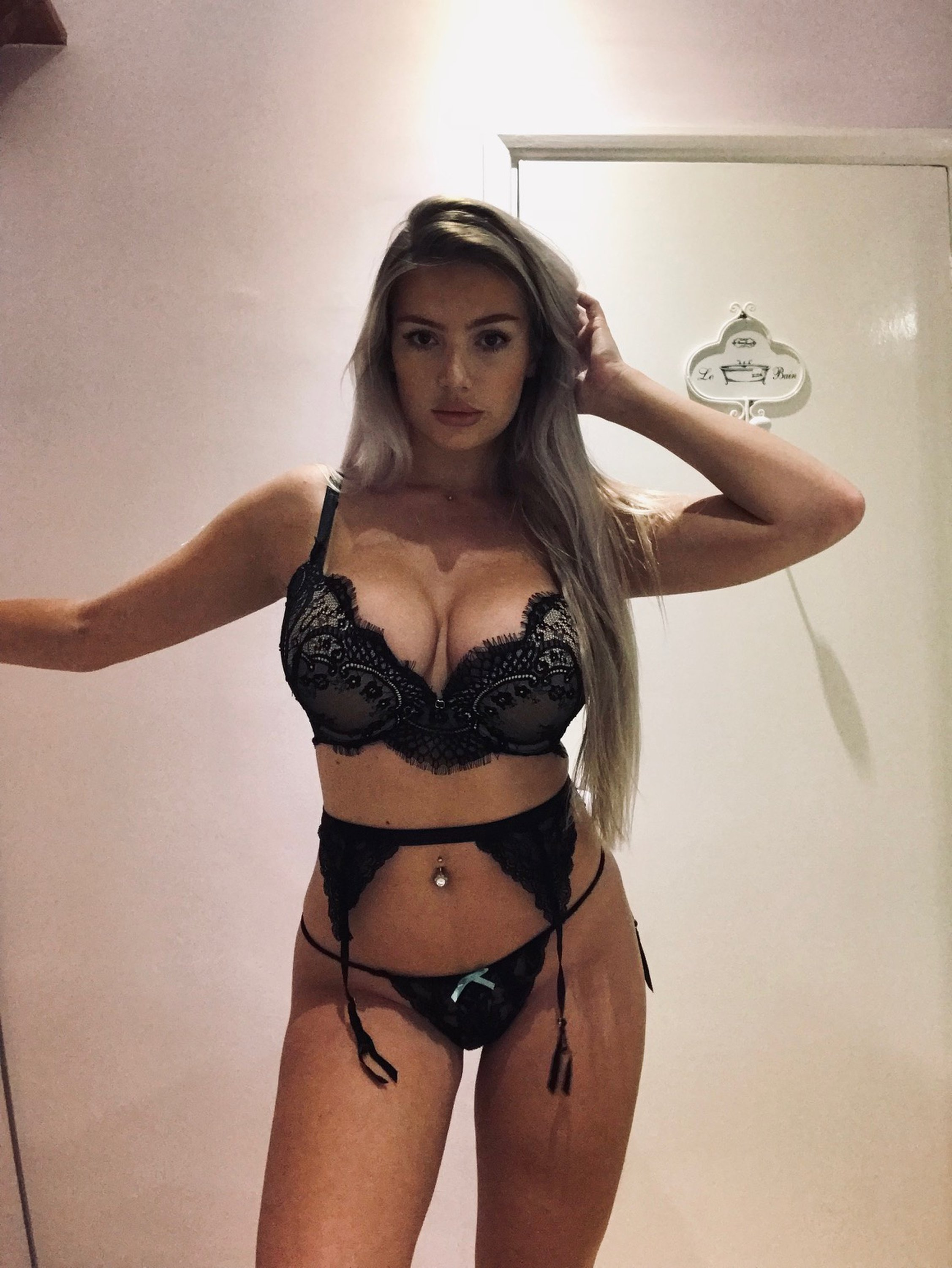 Lucy Nicholson Leaked 0052