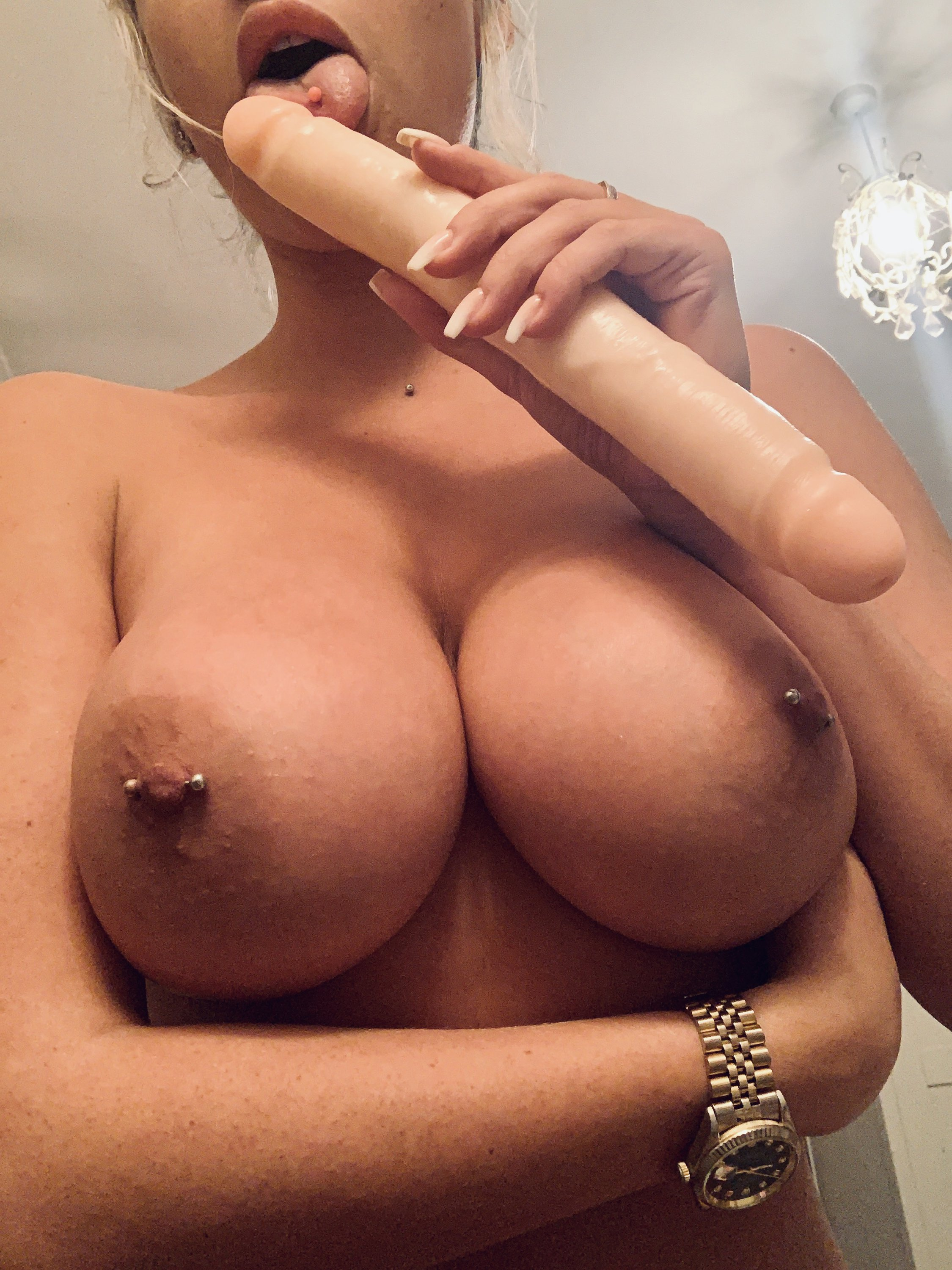 Lucy Nicholson Leaked 0123