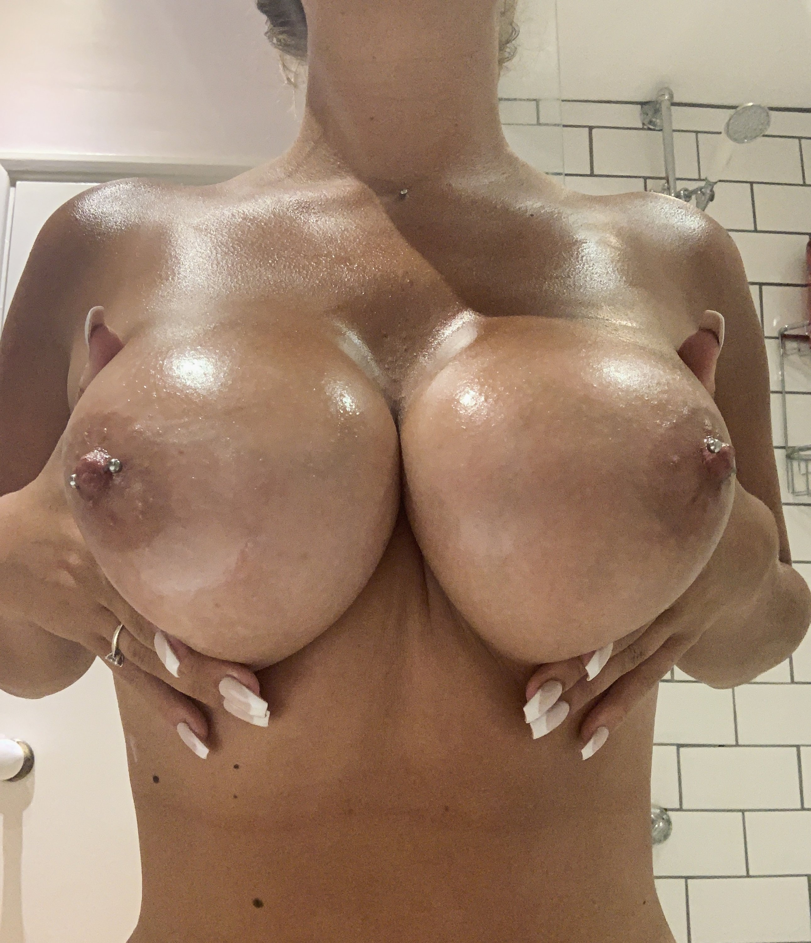 Lucy Nicholson Leaked 0145