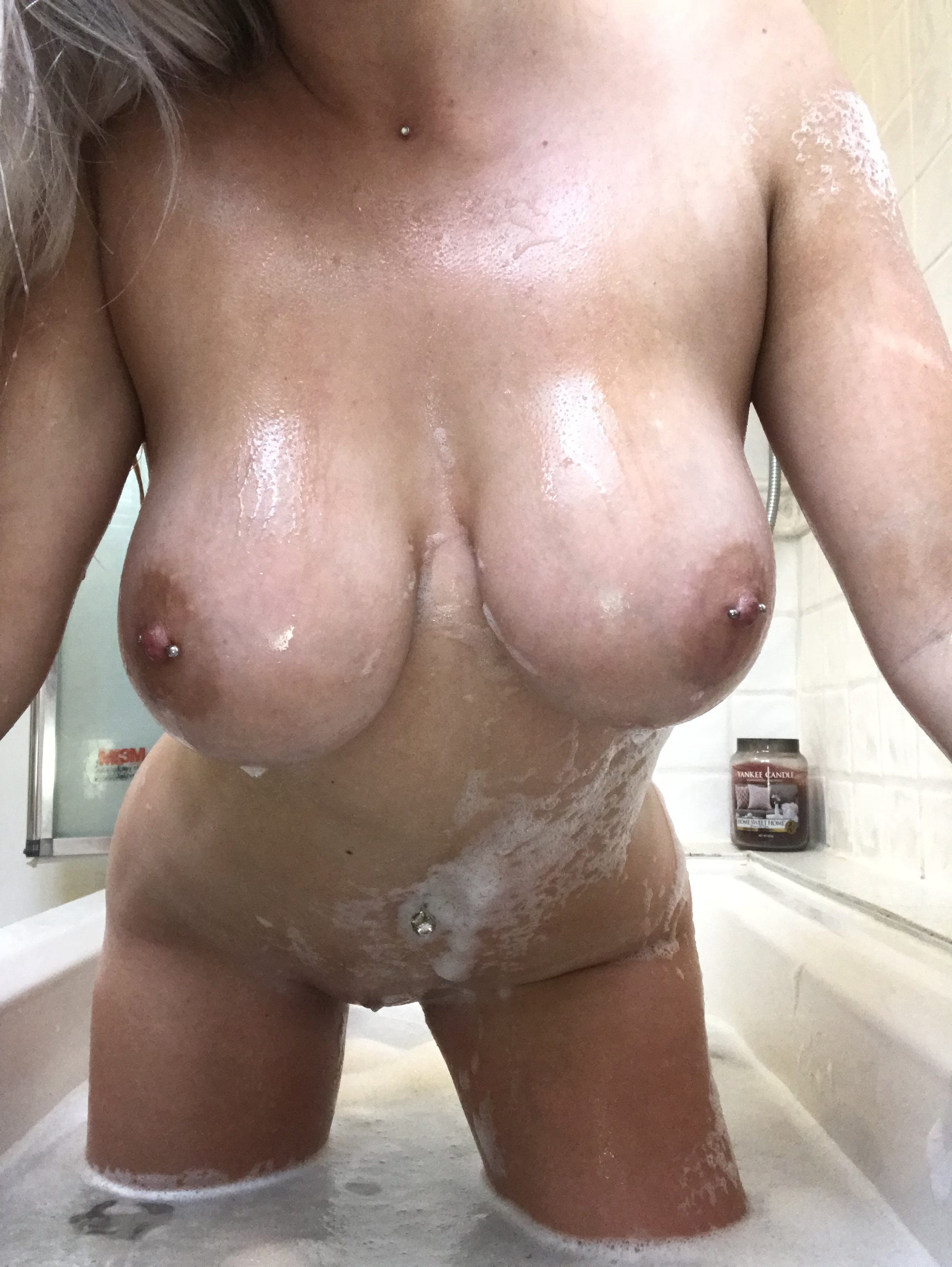 Lucy Nicholson Leaked 0175