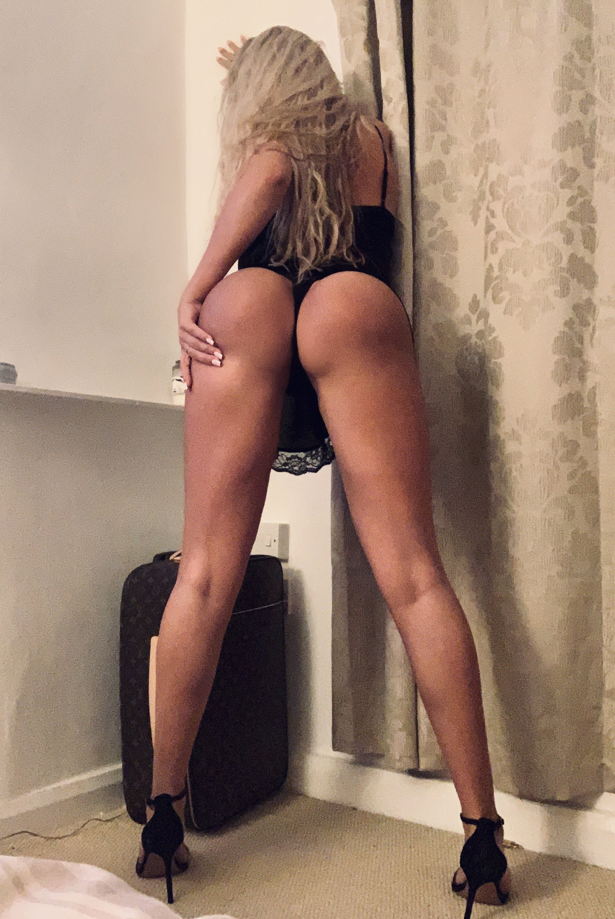 Lucy Nicholson Leaked 0207