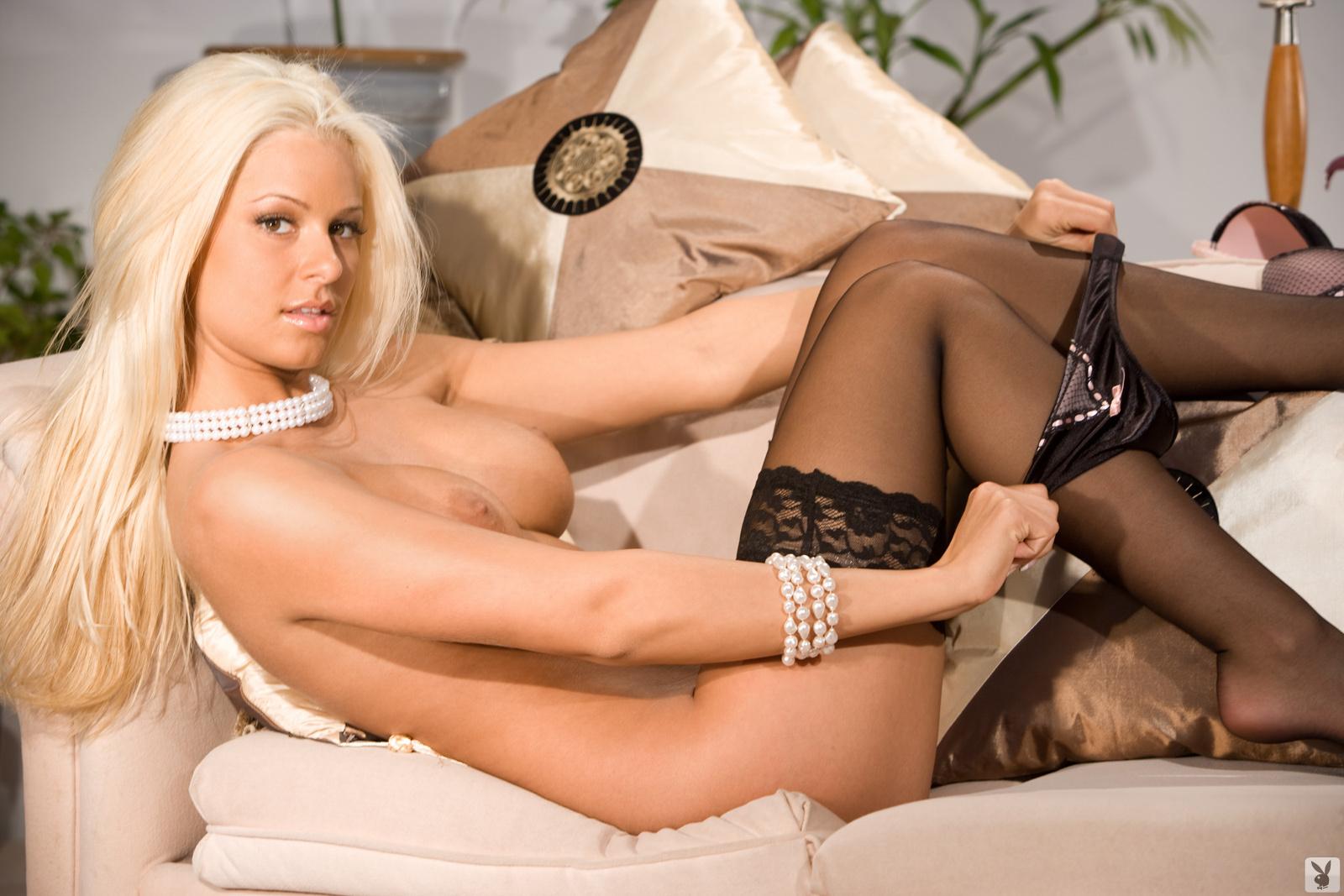 Maryse Ouellet, Nude On Playboy Plus (20)