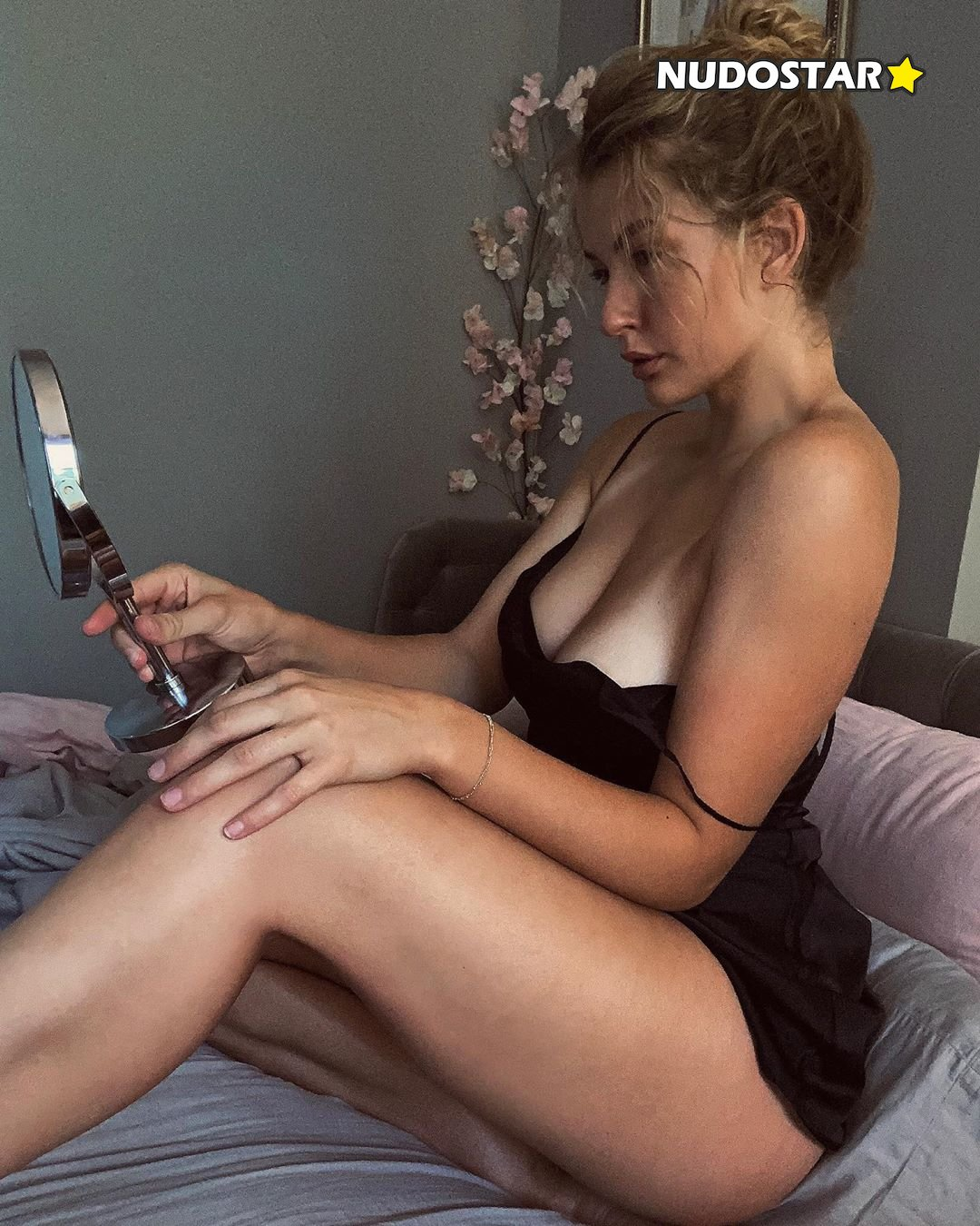 Mia Melano Miamelano777 Onlyfans Nude Leaks 0004