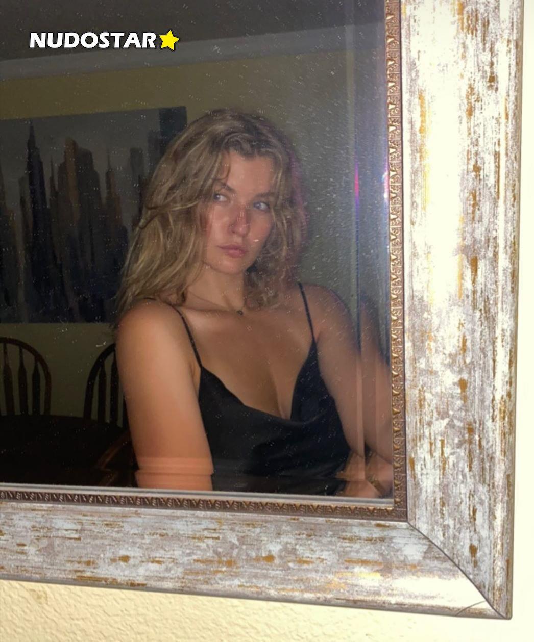 Mia Melano Miamelano777 Onlyfans Nude Leaks 0019