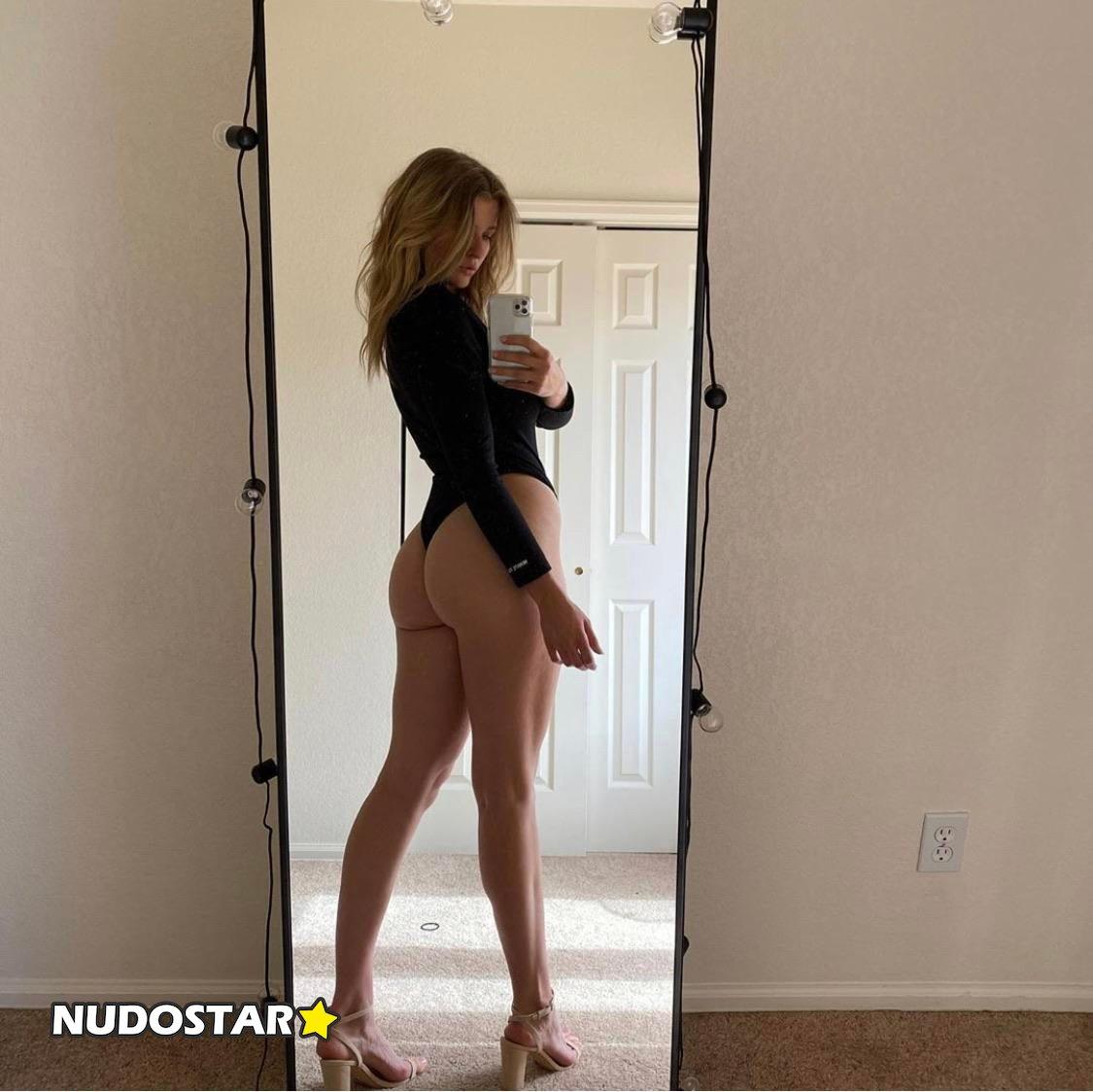 Mia Melano Miamelano777 Onlyfans Nude Leaks 0027