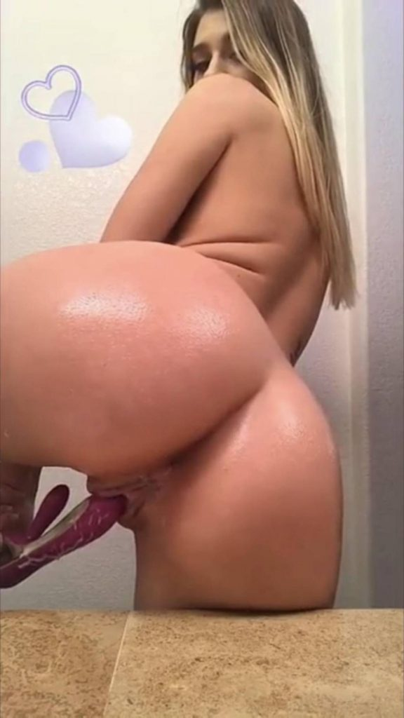 Mollyx Onlyfans 0111