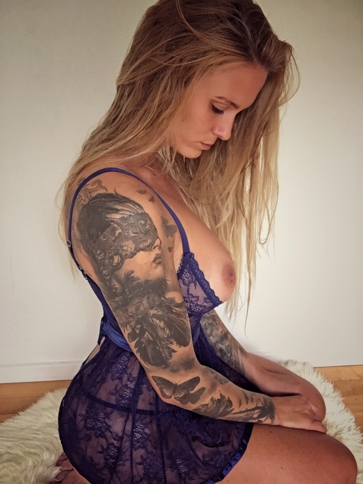 Natasha Thomsen Onlyfans 0006