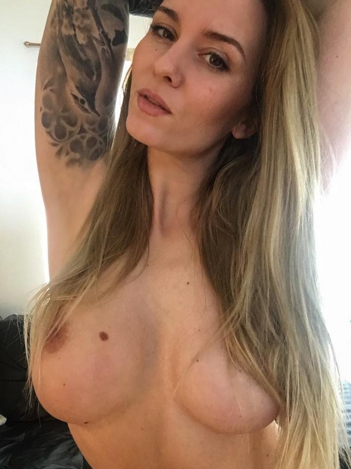 Natasha Thomsen Onlyfans 0105