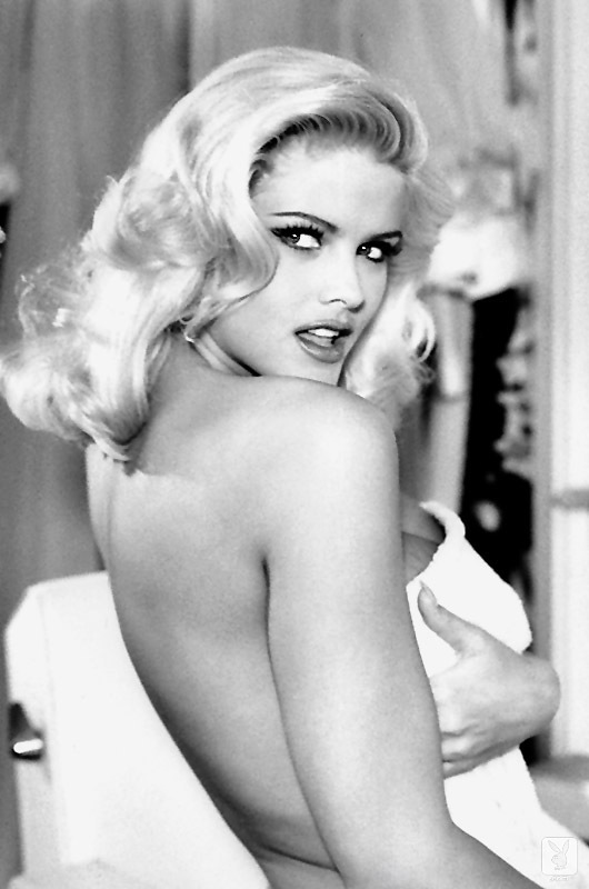 Playmate Of The Year 1993 Anna Nicole Smith (11)