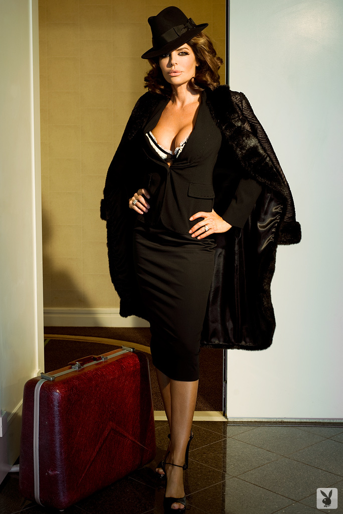 Sexy Tv Personality Lisa Rinna Nude On Playboy Plus! (1)
