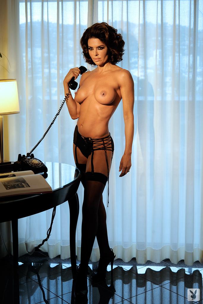 Sexy Tv Personality Lisa Rinna Nude On Playboy Plus! (11)