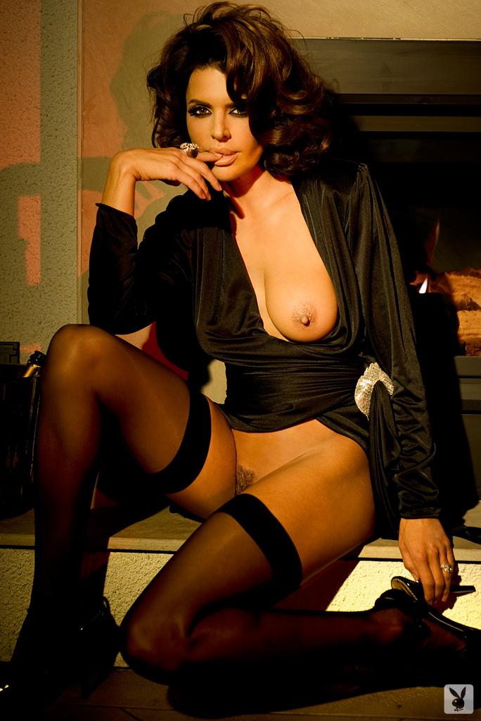 Sexy Tv Personality Lisa Rinna Nude On Playboy Plus! (14)