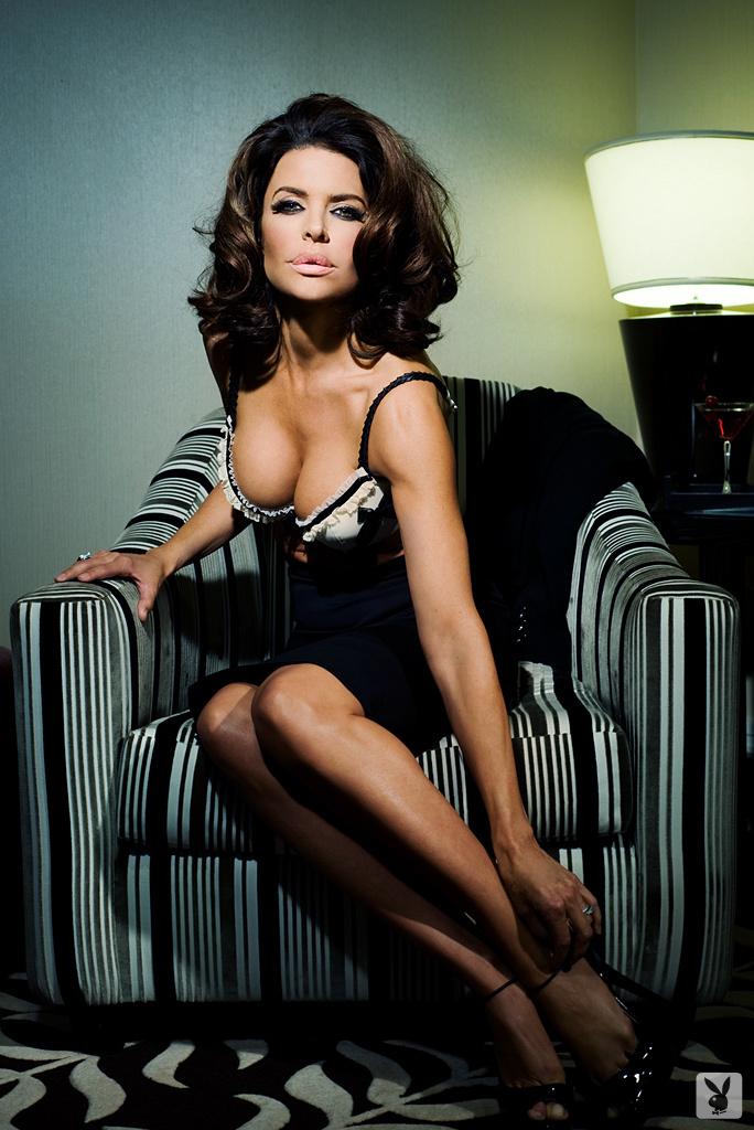 Sexy Tv Personality Lisa Rinna Nude On Playboy Plus! (4)