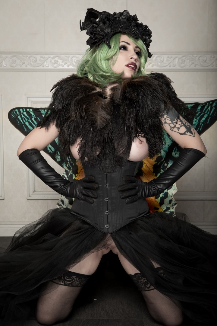 Vivid Vivka Nude Queen Of Moths Cosplay 0003