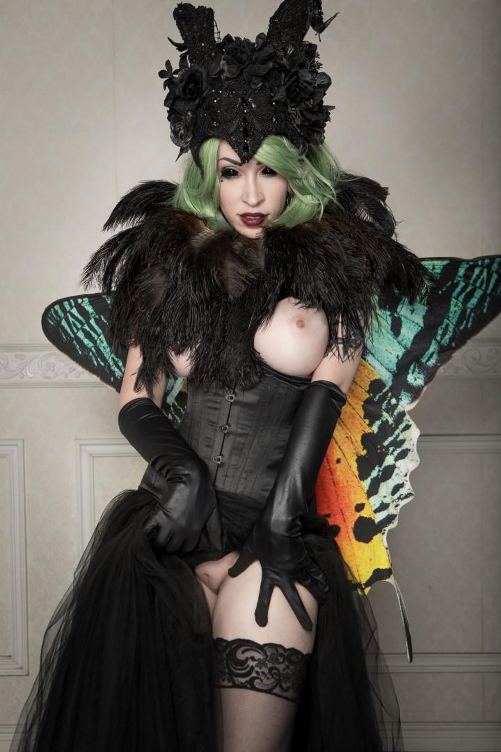Vivid Vivka Nude Queen Of Moths Cosplay 0009