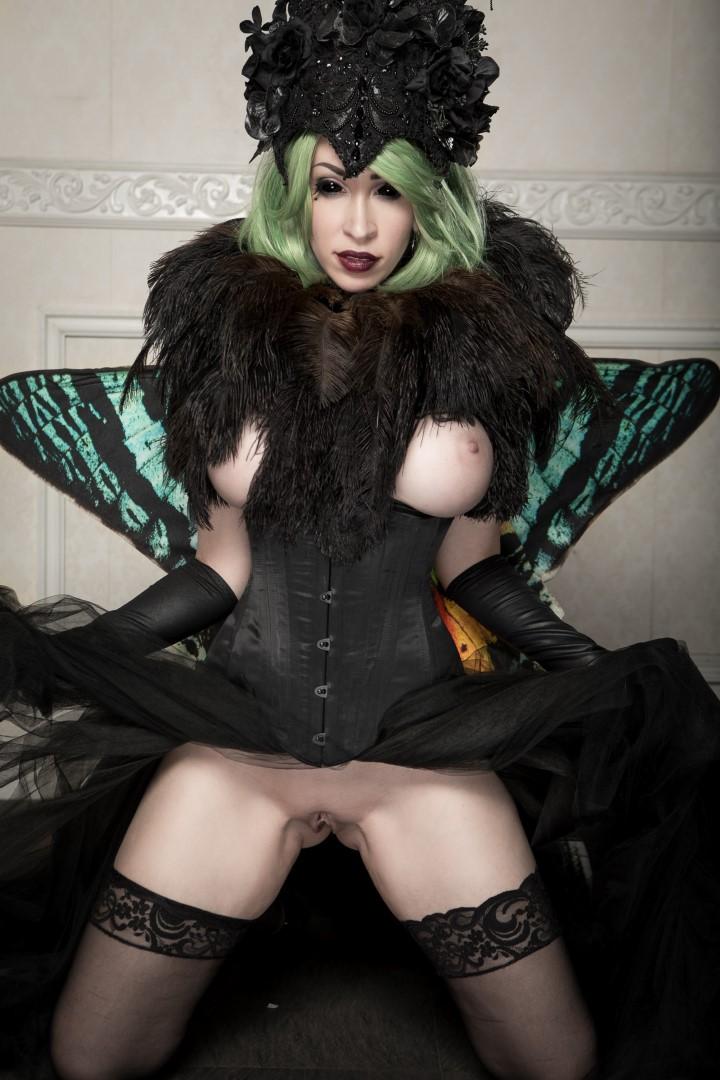 Vivid Vivka Nude Queen Of Moths Cosplay 0015