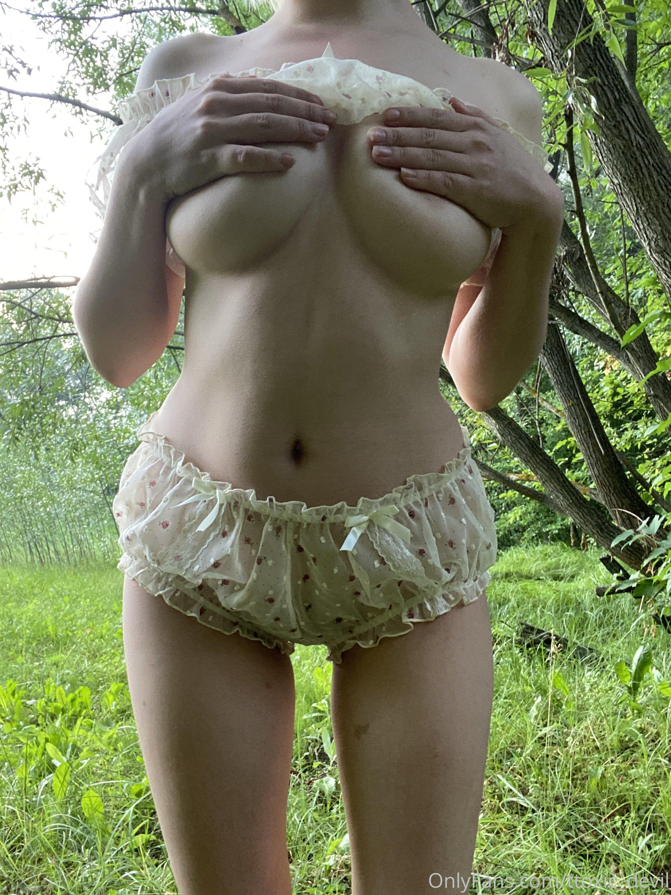 Anna, Ttoxic Devil, Onlyfans 0045