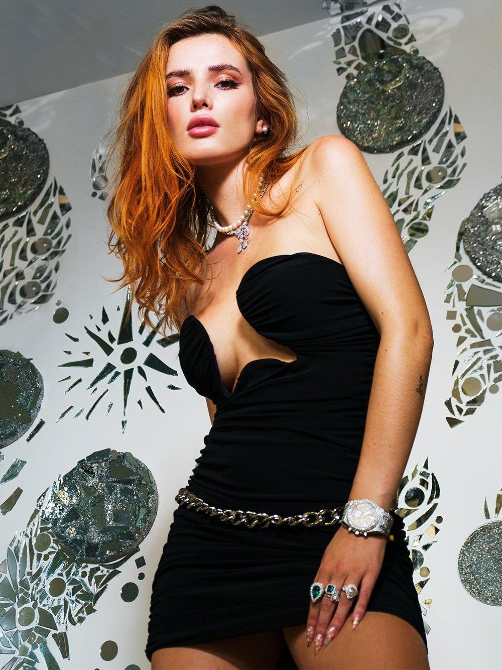 Bella Thorne Nipple Slip Latest Leaks 0007