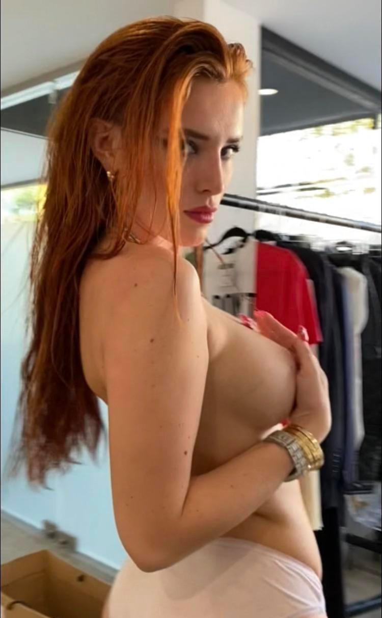 Bella Thorne Bellathorne Onlyfans Sexy Leaks 0002