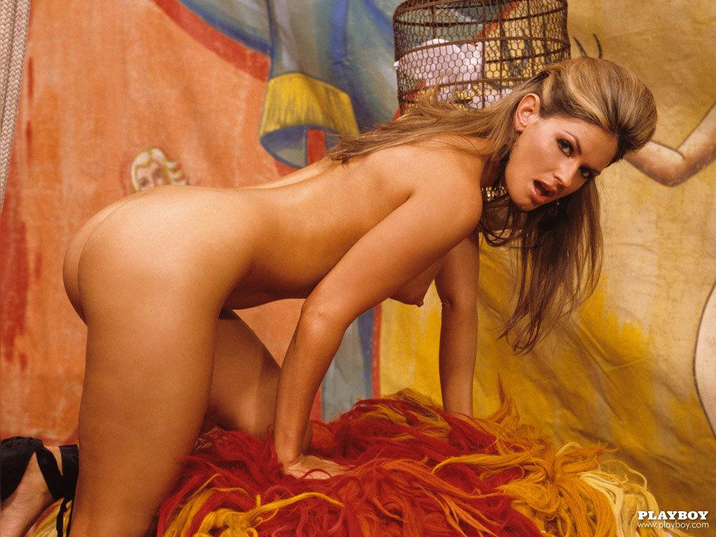 Celebrity Photographers N.e.r.d Sandra Hubby On Playboy Plus (13)