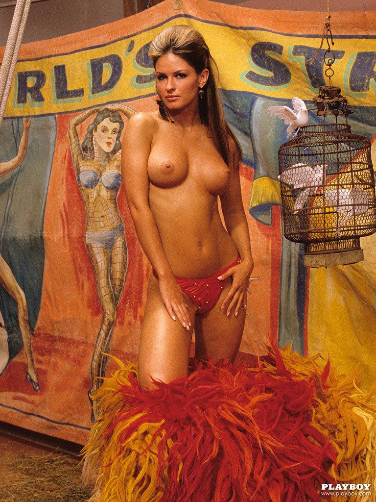 Celebrity Photographers N.e.r.d Sandra Hubby On Playboy Plus (6)